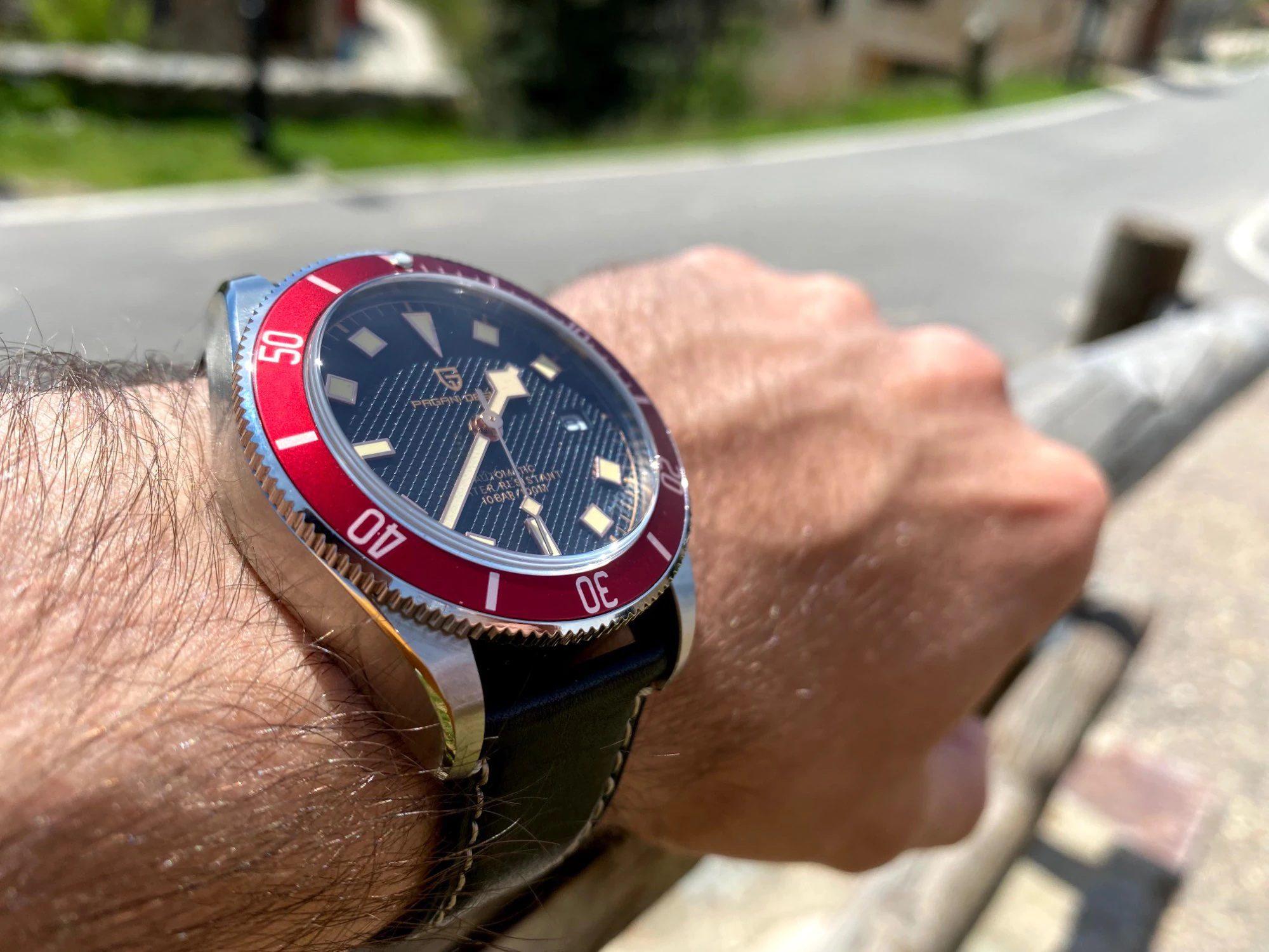 "Pagani Design PD-1671 Red ""Black Bay"""